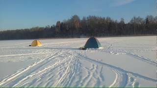Зимова риболовля на озері - Д. Відкриття сезону