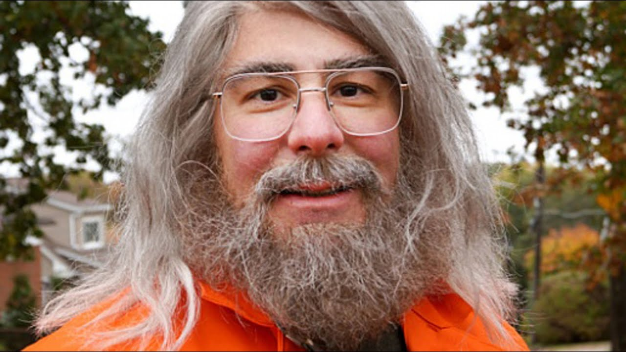 Download The Untold Truth Of Undercover Boss
