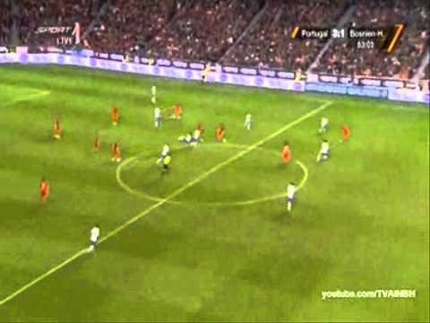 "Download Portugal vs Bosnia  6-2 ""relato ESPETACULAR de Nuno Matos antena 1""  lisboa 15/11/2011"