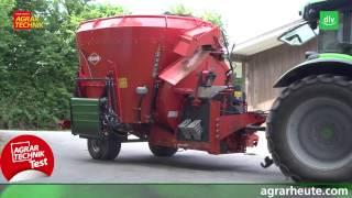Kuhn Profile Plus Futtermischwagen mit Einstreugebläse im AGRARTECHNIK-Maschinentest