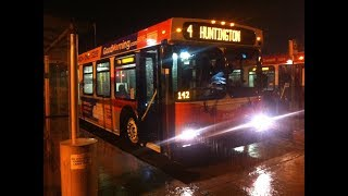 [Calgary Transit] Buses in the Rain at Huntington Hills - New Flyer D40LFs on Routes 4 & 20