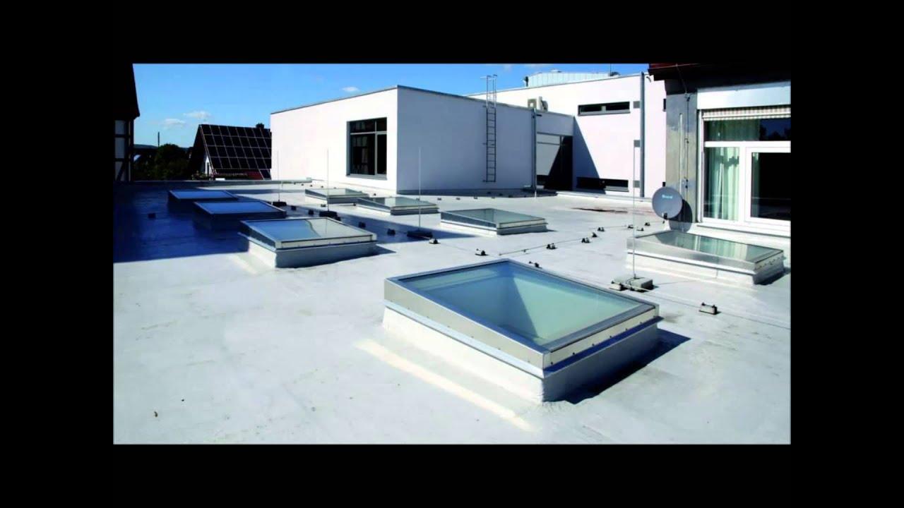 Lucernario in vetro con copertura piana fe greenlux for Lucernari per tetti