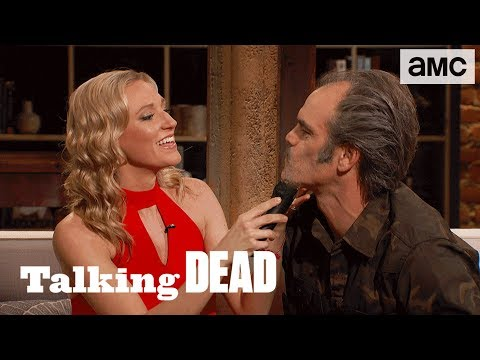 'Simon Theories, Rosita's Evolution & Steven Ogg's Mustache' Highlights Ep. 815  Talking Dead