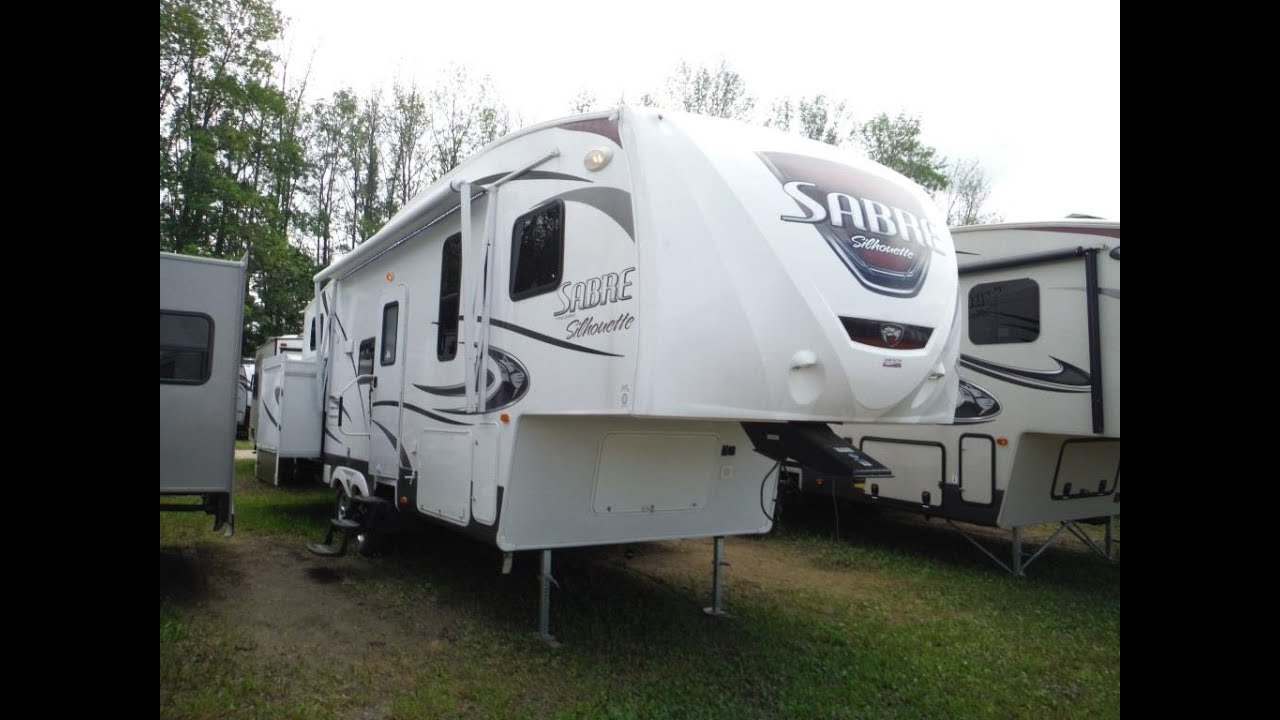 2015 Sabre Silhouette 291BHTS 2 bedroom 5th Wheel Trailer Camp Out RV in St