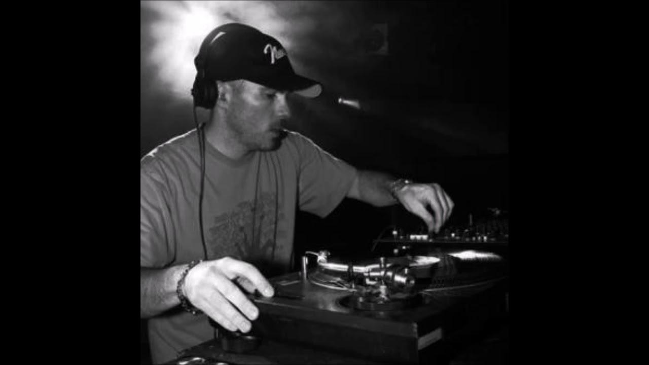 Download DJ Zinc - Studio Mix - May 2002