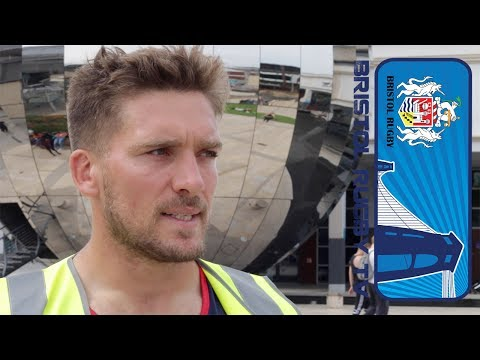 Players mark Mandela Day by supporting Bristol Clean Streets campaign
