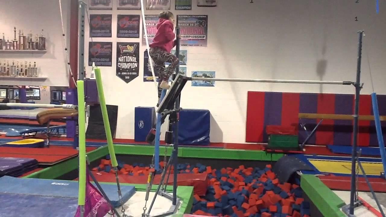 Gym Tour   Peanut and Amanda's Life - YouTube