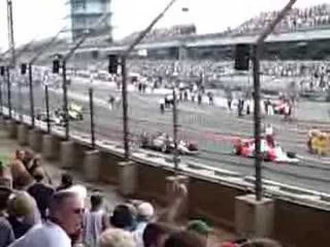 2007 Indianapolis 500 - Drivers leaving grid