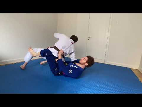 This Is One of The Strongest Attack Series in BJJ