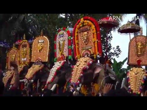 Mangalamkunnu Ayyappan Vs Thechikottukavu Ramachandran at Choondal