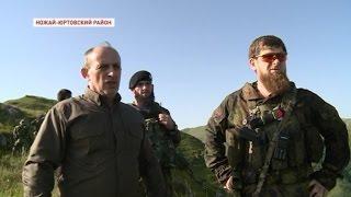В высокогорном Беное Рамзан Кадыров проверил подготовку спецназа и сотрудников полиции