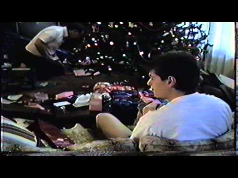 #7B Thanksgiving, Christmas 89, Bob's TV Store
