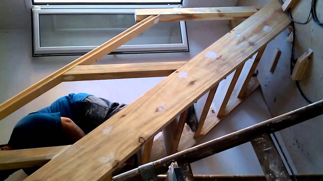 Escalera baranda entrepiso altillo youtube - Como hacer un altillo de madera ...