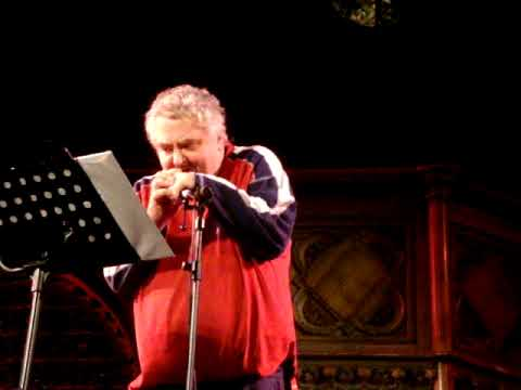 Daniel Johnston - Worried Shoes (live at Union Chapel_2/11/09)