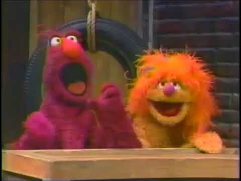 Sesame Street - Telly sees a giant number 11