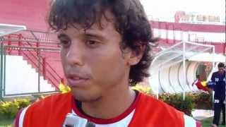 Repórter Tito Costa entrevista os atacantes Carlos Bahia e Felipe - ACP 2013