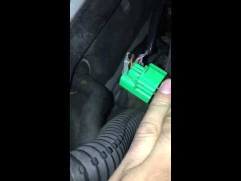 Infiniti G35 Camshaft Sensor Bank A Location & Replacement