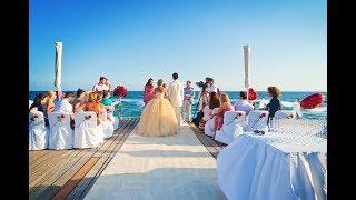 Свадьба на Кипре на пирсе набережной Лимассола Дмитрия и Эльвиры