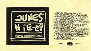 Junes - 14 - Nie-smak feat. Konik, Enson, Łozo aka Pitahaya (prod. Kuoter, cuty DJ Danek)