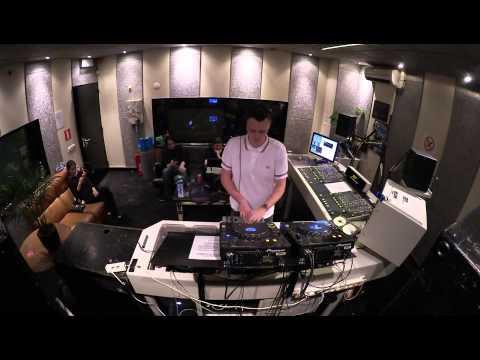 Jonas Landwehr @ Shourai Sessions, Studio 80, Amsterdam (12-08-2014)