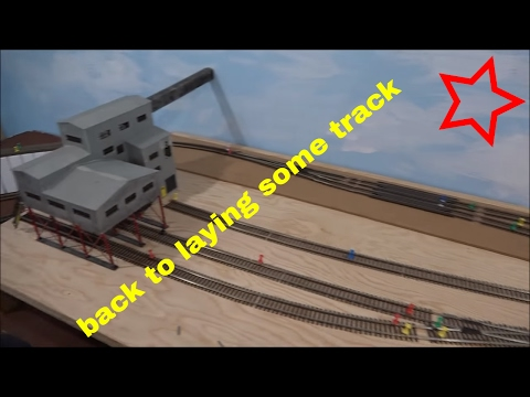 HO scale Walthers Cornerstone Coal mine and the track plan