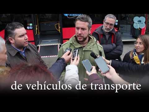 Rubén Arroxo presenta o novo bus híbrido do Concello