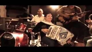 EL REMMY VALENZUELA,AMANDOTE,VIDEO OFICIAL.
