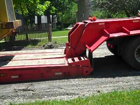 Hooking up the Lowboy - YouTube