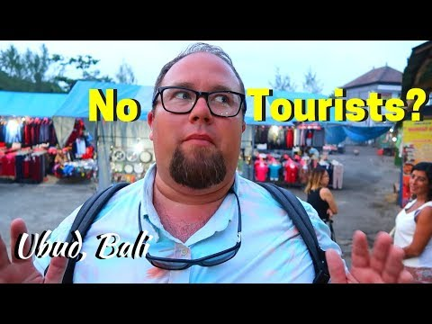 Best Local Food & Dancing in Ubud | Bali Indonesia Travel Vlog