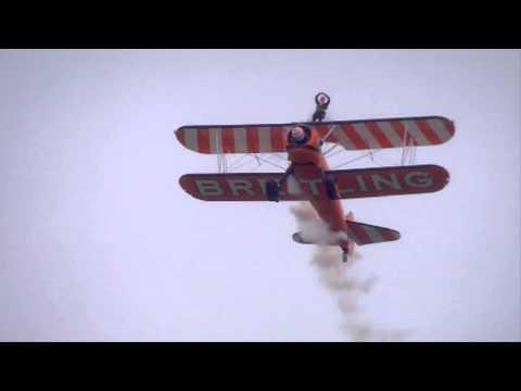 BOEING A75N1 Wingwalker  (Vidéo officielle Salon du Bourget 2013)