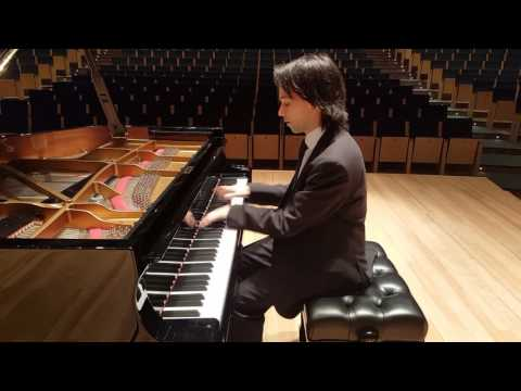 BEST PIANIST EVER!!! INCREDIBLE!! WATCH IT!!!