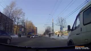 В Иванове водитель иномарки сбил на пешеходном переходе 12 летнюю девочку