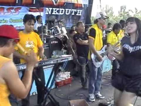 Alun Alun Nganjuk   Wiwik Sagita ft Wiwin Sera   SERA   live Kayen Pati