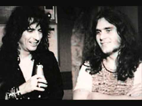 Alice Cooper  Muscle Of Love  1973