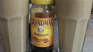 Grandma Molasses To Sweeten Smoothie