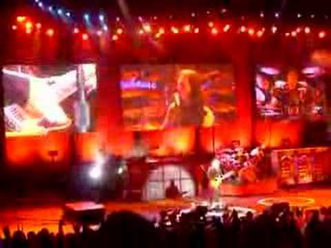 Rush End of Spirit of Radio and Guitar solo Irvine 7/25/07