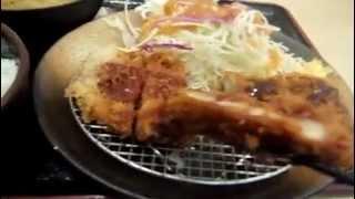 大阪灘波トンカツ「松乃屋」なんさん通り店。「ロ-ストンカツ(並)(90g)定食」。