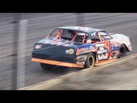Stock car heat Salina Speedway 5.17