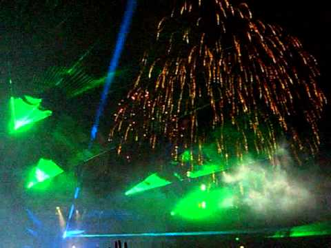 Dancevalley 2005 - Mainstage Closing - Paul van Dyk (laser-fireworks-nothing_but_you).avi