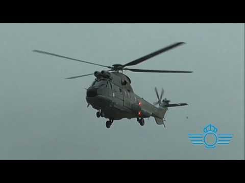 El CLAEX pone a prueba los nuevos helicópteros Super Puma SAR