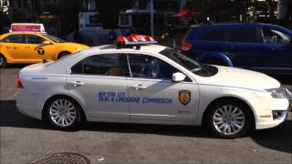 VERY RARE NYC TAXI & LIMOUSINE POLICE UNIT DOING TRAFFIC STOP ON A CABBIE ON W. 64TH ST. IN NYC.