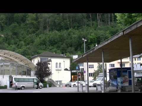 アキーラさん散策④リヒテンシュタイン・ファドゥーツ市街・Information-center,Vaduz,Liechtenstein