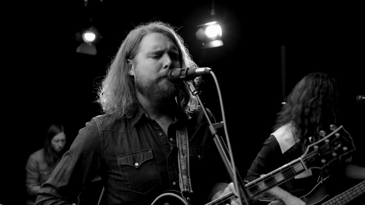the-sheepdogs-i-ve-got-a-hole-where-my-heart-should-be-youtube-session-the-sheepdogs