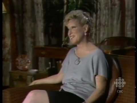 Bette Midler on Mick Jagger & David Bowie, 1984: CBC Archives | CBC