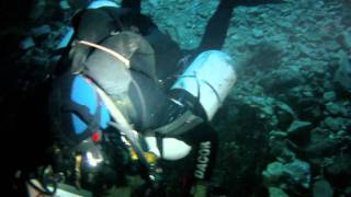 Descent into Jacobs Well.MOV