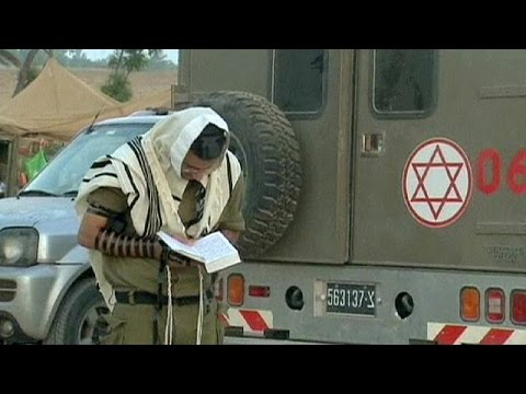 Israeli Soldiers Morning Prayers - No Comment