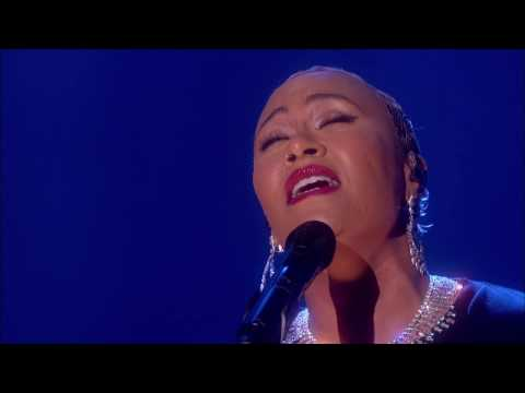 Emeli Sandé - Breathing Underwater [Live on Graham Norton HD]