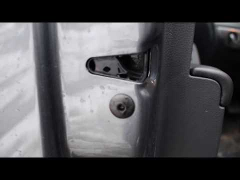 How to Fix a Car Door That Does Not Close