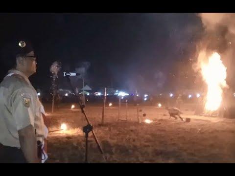 Upacara api unggun pramuka