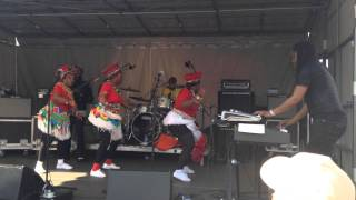 "Mahotella Queens - ""Mantsentse"" - Live at Dance Nations Dalston 2014"